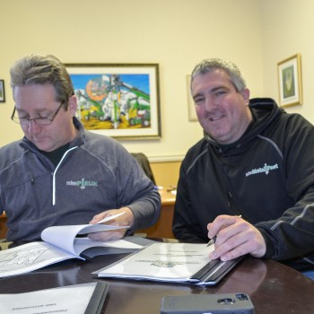 Two new dealers in Ontario